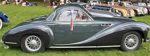 Delahaye 235 coupé Chapron (doc. Yalta Production)