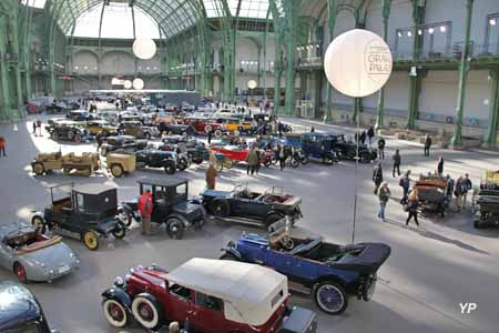 Vente aux enchères Bonhams d'automobiles de collection au Grand Palais (02/2013)