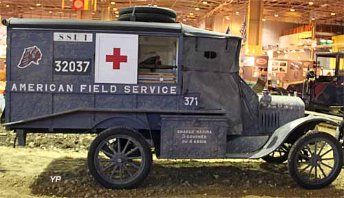 Ford T ambulance militaire