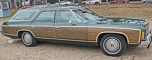 Chevrolet Caprice Classic Estate 74