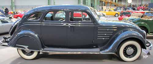 Chrysler Eight Airflow sedan