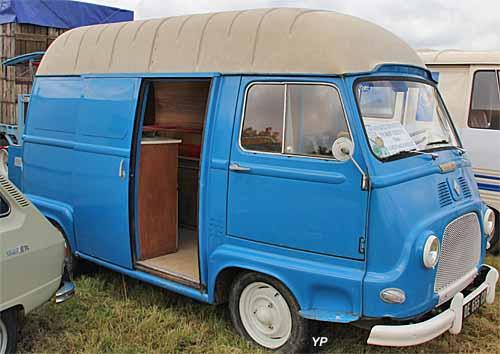 renault estafette 800 sur lev e guide automobiles anciennes. Black Bedroom Furniture Sets. Home Design Ideas