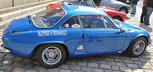 alpine a110 berlinette guide automobiles anciennes. Black Bedroom Furniture Sets. Home Design Ideas
