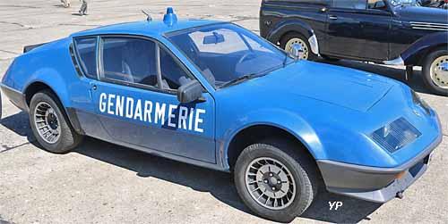 alpine a310 v6 gendarmerie guide automobiles anciennes. Black Bedroom Furniture Sets. Home Design Ideas