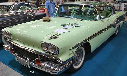 Pontiac Star Chief 1958 Sedan
