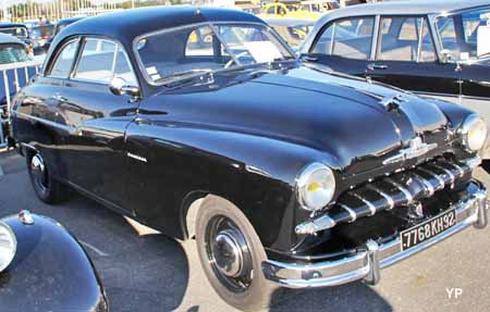 ford vedette coup guide automobiles anciennes. Black Bedroom Furniture Sets. Home Design Ideas