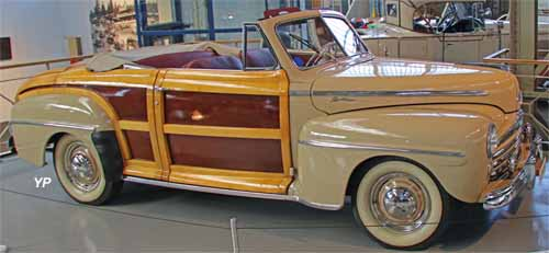 Ford 1946 Super Deluxe Sportsman Convertible Woody