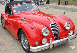 Jaguar XK 140 DHC (convertible)