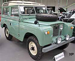 land rover series iia 88 guide automobiles anciennes. Black Bedroom Furniture Sets. Home Design Ideas