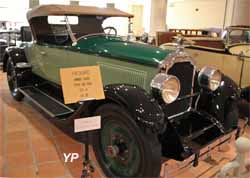 Packard Six 3-26