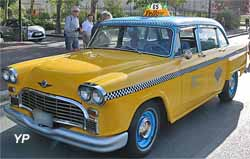 Checker taxi A11/A12 Marathon