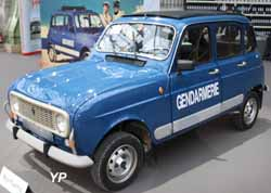 renault 4 4x4 sinpar gendarmerie guide automobiles anciennes. Black Bedroom Furniture Sets. Home Design Ideas