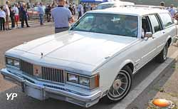 Oldsmobile Custom Cruiser Limited Brougham